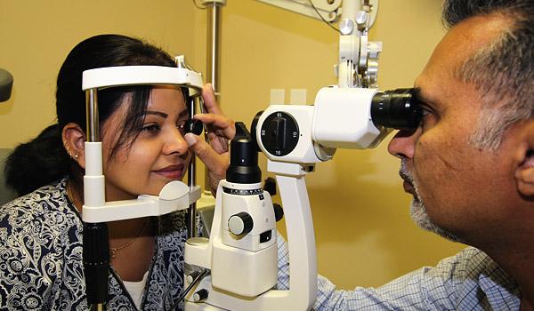 http://eyemax.ca/wp-content/uploads/2014/09/Eyemax_Abbotsford_services_s03.jpg