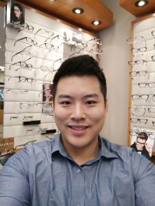 http://eyemax.ca/wp-content/uploads/2017/10/Dr-Chen-wpcf_225x300.jpeg